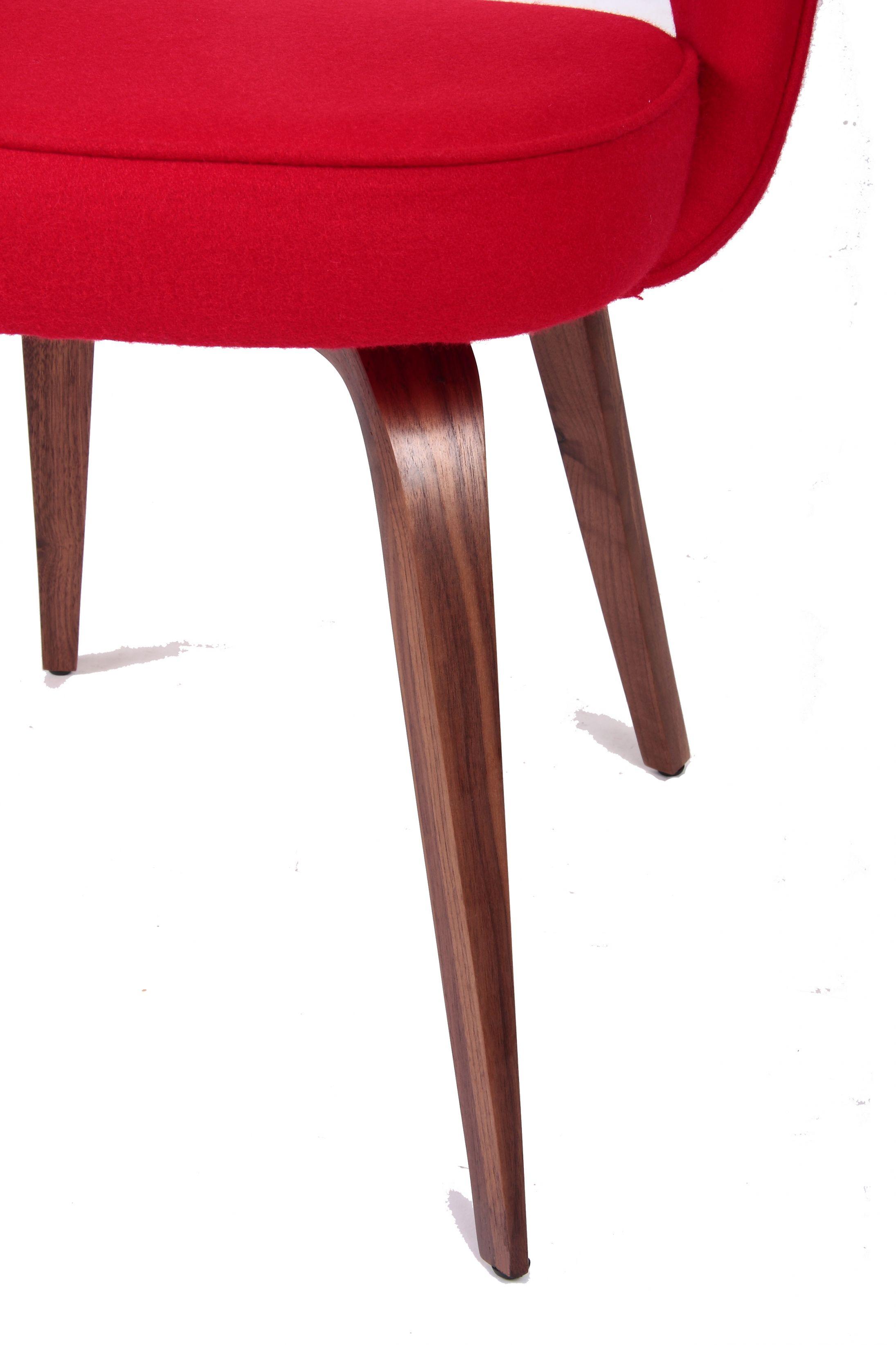 saarinen dining armchair wood legs